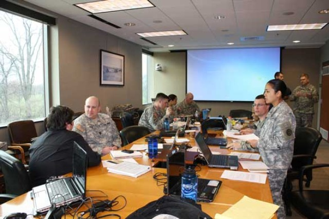 Military History detachment Soldiers learn about applied history