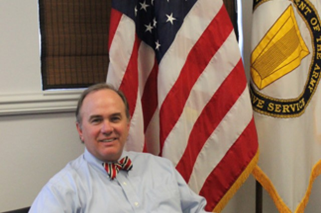 Steve Cornelius, senior executive and director of the Weapons Development and Integration Directorate, resigns from position at the U.S. Army Aviation and Missile Research Development and Engineering Center after 28 years of civil service.