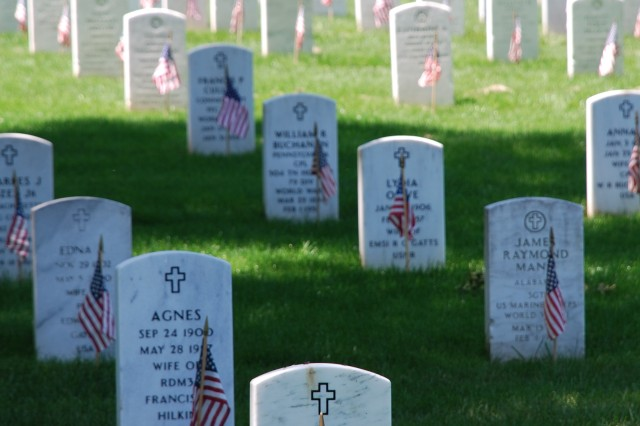 NATIONAL MEMORIAL DAY OBSERVANCE TO HONOR AMERICA'S FALLEN SERVICE MEMBERS