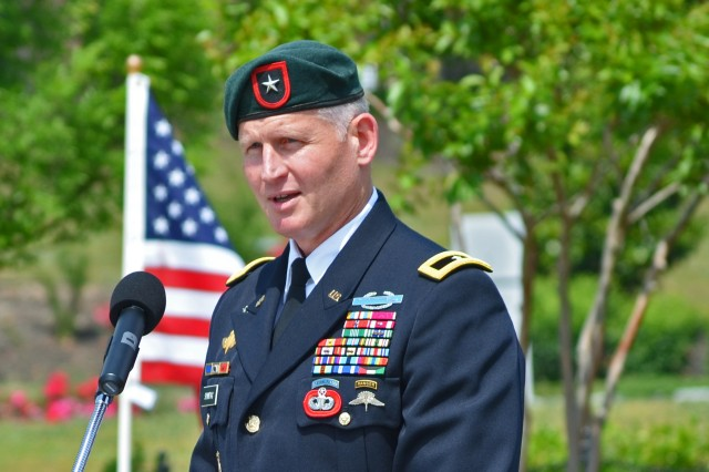 Brig. Gen. Kurt Sonntag, deputy commanding general for U.S. Army Special Operations Command provides the opening remarks for the 2014 North Carolina Field of Honor.