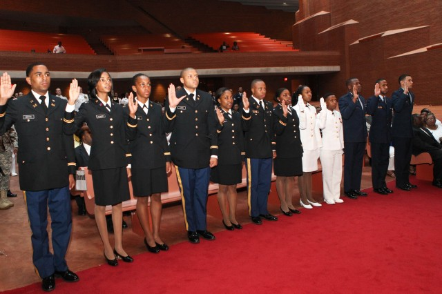 The Chief of Engineers Lt. Gen. Thomas Bostick participated in a joint ROTC commissioning ceremony at Tuskegee University. (Photo courtesy Tuskegee University)