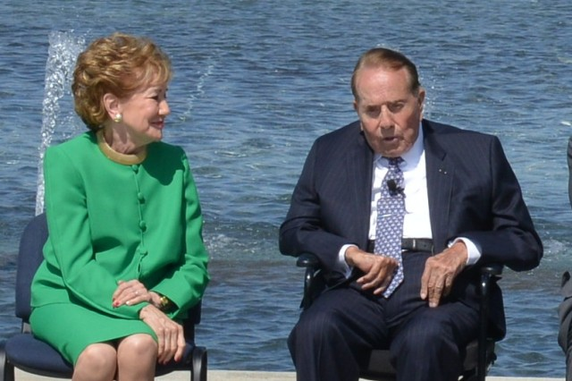 Former Senators Bob and Elizabeth Dole participate in ceremonies during the WWII Memorial's 10th anniversary held at the WWII Memorial, Washington D.C., May 24, 2014.  Bob Dole is a WWII Wounded Warrior.