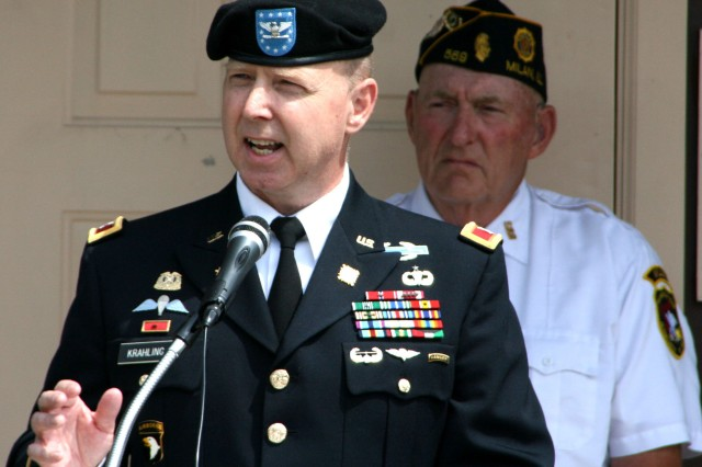 Col. William Krahling, commander, U.S. Army Sustainment Command Distribution Management Center, addresses an audience of veterans and their families during a Memorial Day ceremony at American Legion Post 569, in Milan, Ill., May 26.