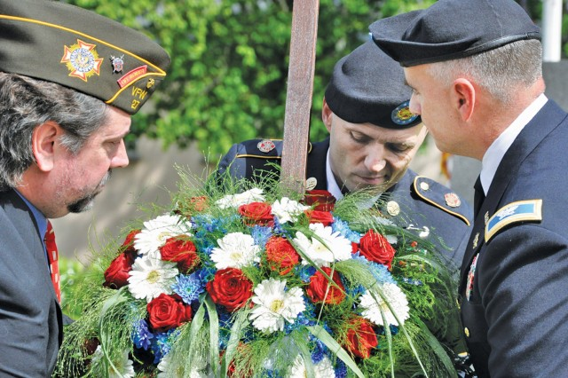 Community gathers to honor sacrifices of the fallen and their families