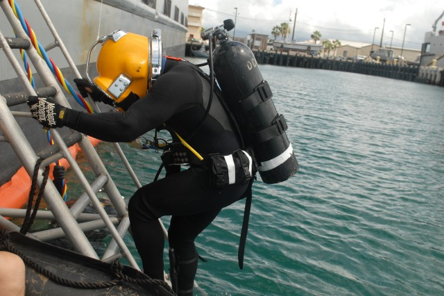 Hawaii-based Army divers are set to conduct port recon operations as part of the Logistics over the Shore event during the biennial Rim of the Pacific Exercise 2014, which kicks-off June 26, and runs through Aug. 1, 2014.