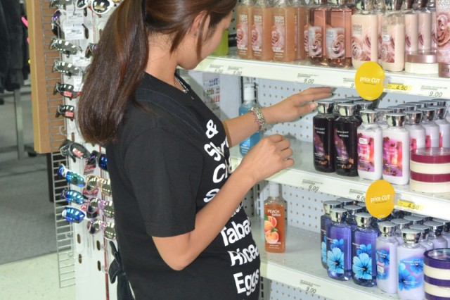 Soldiers and Family members shopping at Army & Air Force Exchange Service stores have generated more than $369,000 last year for Army quality-of-life programs. (U.S. Army photo by Candateshia Pafford)