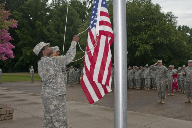 Soldiers with the 412th Theater Engineer Command raise the American flag to be flown over the 412th headquarters in Vicksburg, Miss., June 27. This flag was presented to Maj. Gen. William M. Buckler Jr. during his retirement ceremony June 29. (U.S. Army photo by Staff Sgt. Roger Ashley)