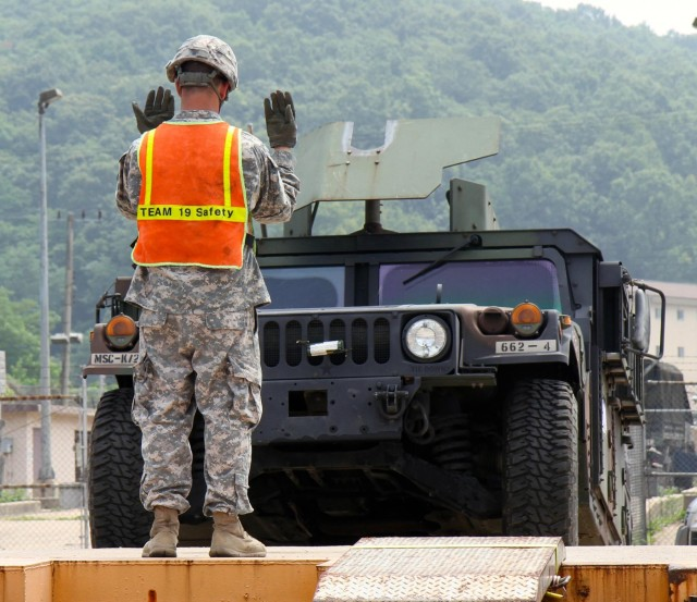 25th Transportation Battalion carries out certification exercise below DMZ
