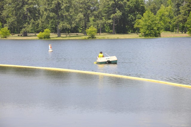 Recreaters enjoy Sam Rayburn Lake as it rose into the flood pool last week for the first time in over four years.