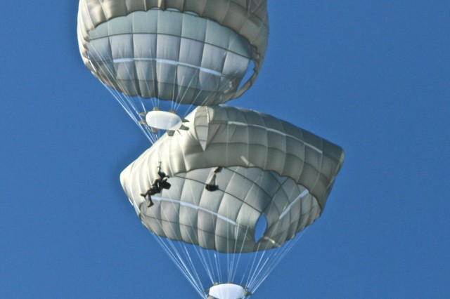 173rd Airborne Brigade 'drops in' on Estonia