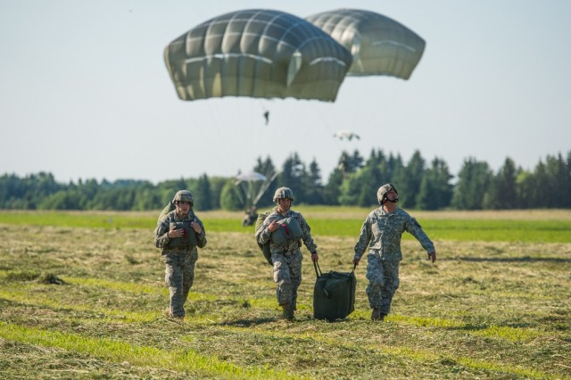 Paratroopers from 1st Squadron, 91st Cavalry Regiment, 173rd Airborne Brigade conduct an airborne operation July 8 at Nurmsi, Estonia. Approximately 600 paratroopers from the brigade are in Estonia, Latvia, Lithuania and Poland as part Operation Atlantic Resolve to demonstrate commitment to NATO obligations and sustain interoperability with allied forces. (Photo by Sgt. John L. Carkeet IV, 143rd Sustainment Command (Expeditionary), U.S. Army Reserve)