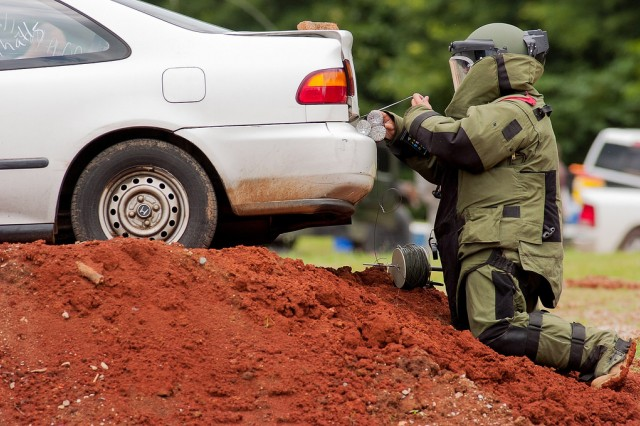 A U.S. Army Explosive Ordnance Disposal technician trains at Redstone Arsenal in Huntsville, Alabama.