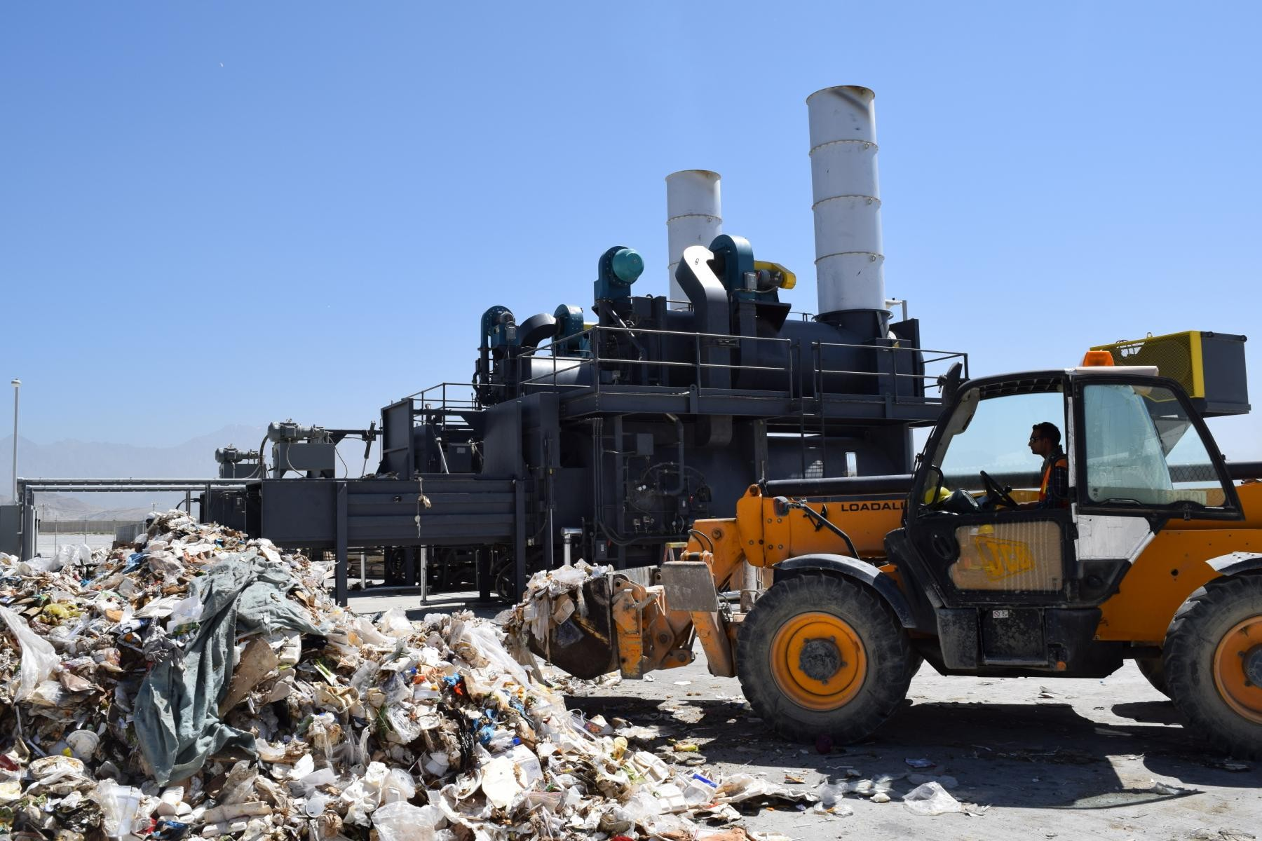 Landfills With Tractors : Us army corps of engineers oversees construction new