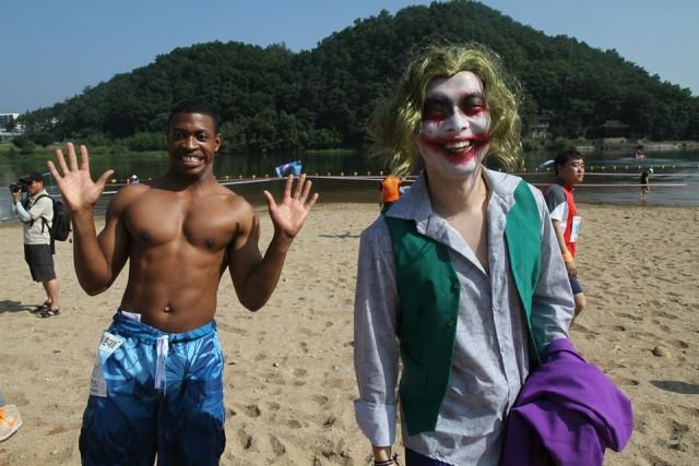 19th ESC Soldiers compete in Hwang River Aquatic Marathon