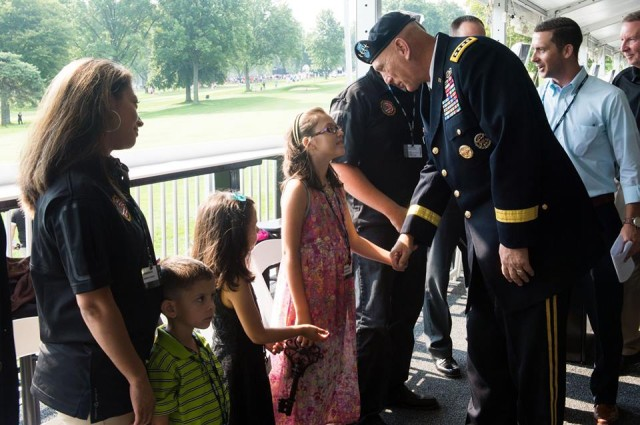 U.S. Army Chief of Staff Gen. Ray Odierno, PGA Tour Birdies for the Brave
