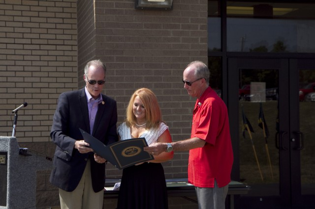 Harpel brothers give joint proclamation to Audrey Mundell