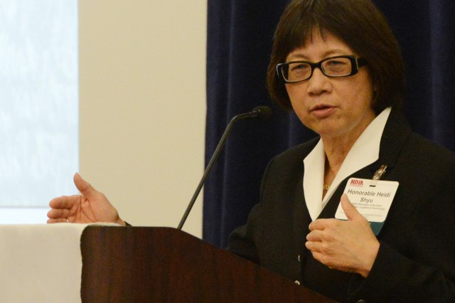 Heidi Shyu, assistant secretary of the Army for Acquisition, Logistics & Technology, gives the keynote address at National Defense Industrial Association's Ground Robotics Capabilities Conference & Exhibition in Hyattsville, Md., Aug. 13, 2014.