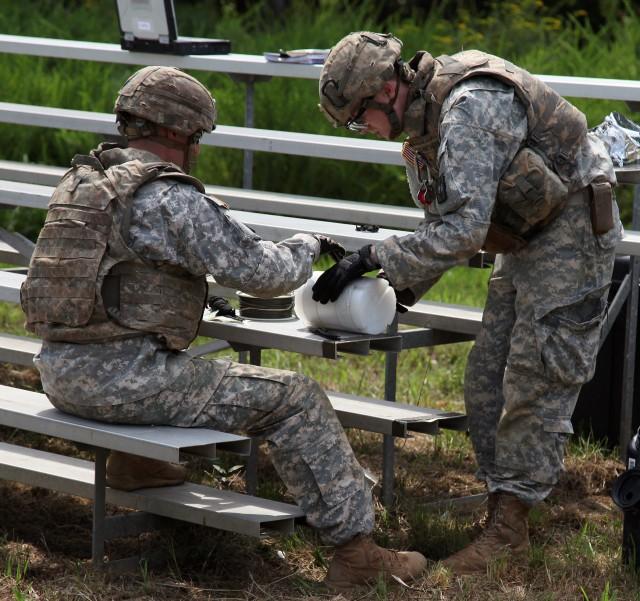 Hawaii-based team named Army's 2014 Explosive Ordnance Disposal Team of Year