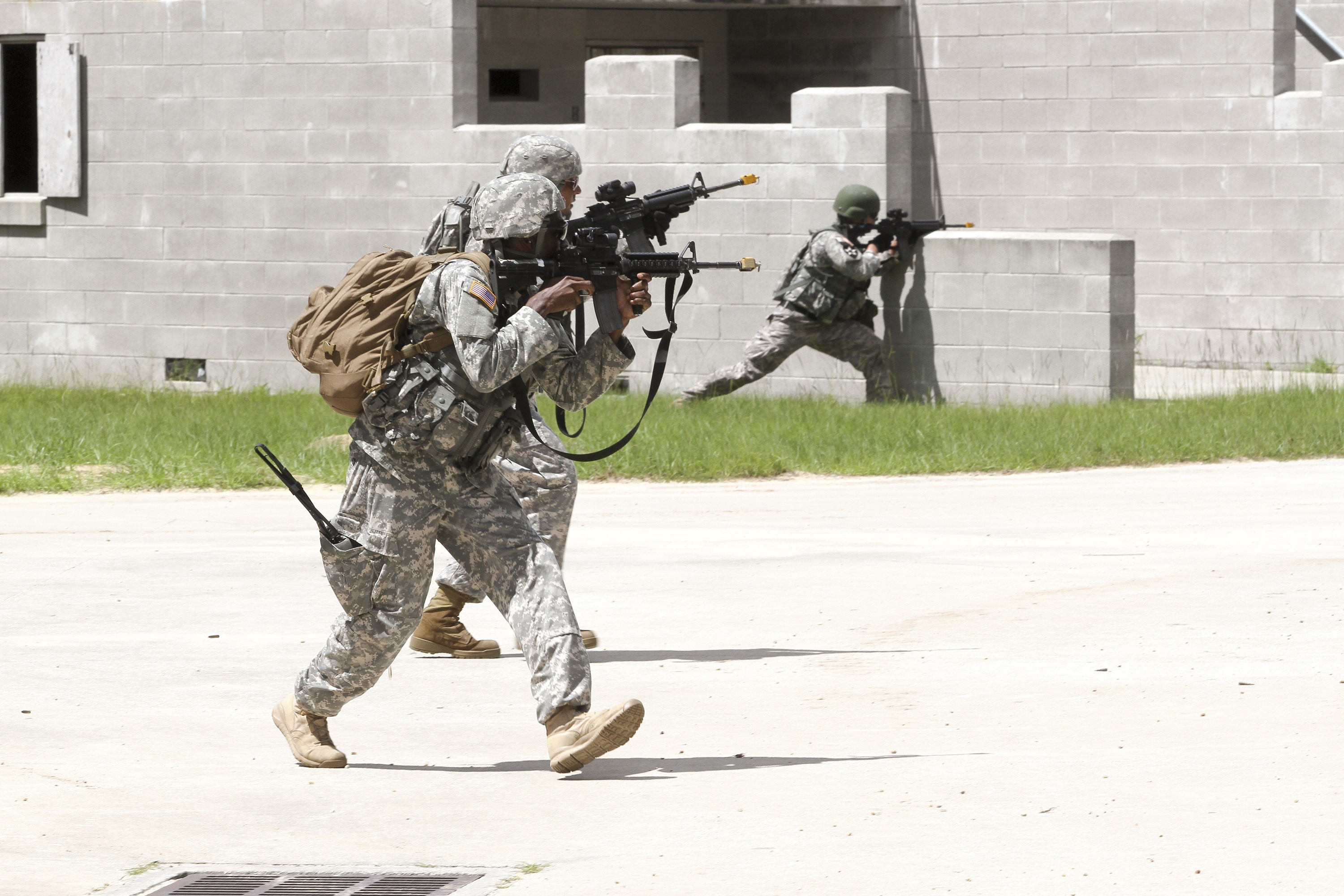 Fort Lauderdale Army Reserve unit tackles annual training at