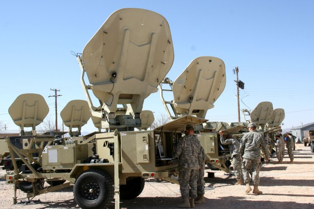 Soldiers from the Army's 86th Expeditionary Signal Battalion train on WIN-T Increment 1 Satellite Transportable Terminals upgraded with WIN-T Increment 1B advancements, at Fort Bliss, Texas on Feb. 20, 2014.