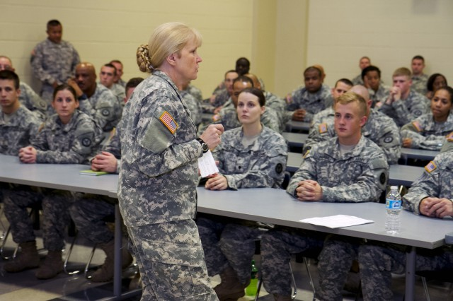 Army Reserve Command Sgt. Maj. Abbe Mulholland, the 200th Military Police Command's senior enlisted Soldier, talks with Soldiers during an impromptu discussion during the 290th MP Brigade's battle assembly weekend Sept. 5. (Army Reserve Photo by Sgt. 1st Class Mark Bell/Released)
