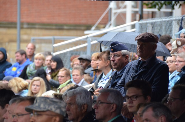Crowd at the USAG Bamberg closure ceremony