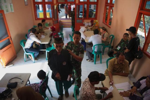 Cooperative Health Engagement