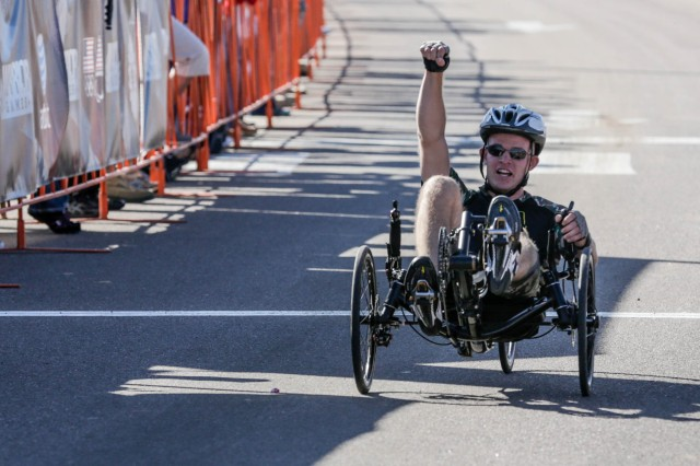Warrior Games cyclists overcome challenges as team with 'some oomph'