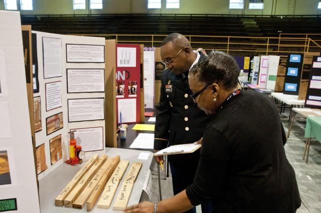 Army Reserve Soldiers volunteer to judge children's science fair