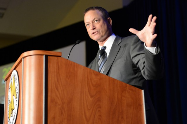 Actor Gary Sinise was the opening speaker of the 2014 AUSA Annual Meeting & Exposition's Military Family Forum II, Oct. 14, 2014, at the Washington Convention Center.