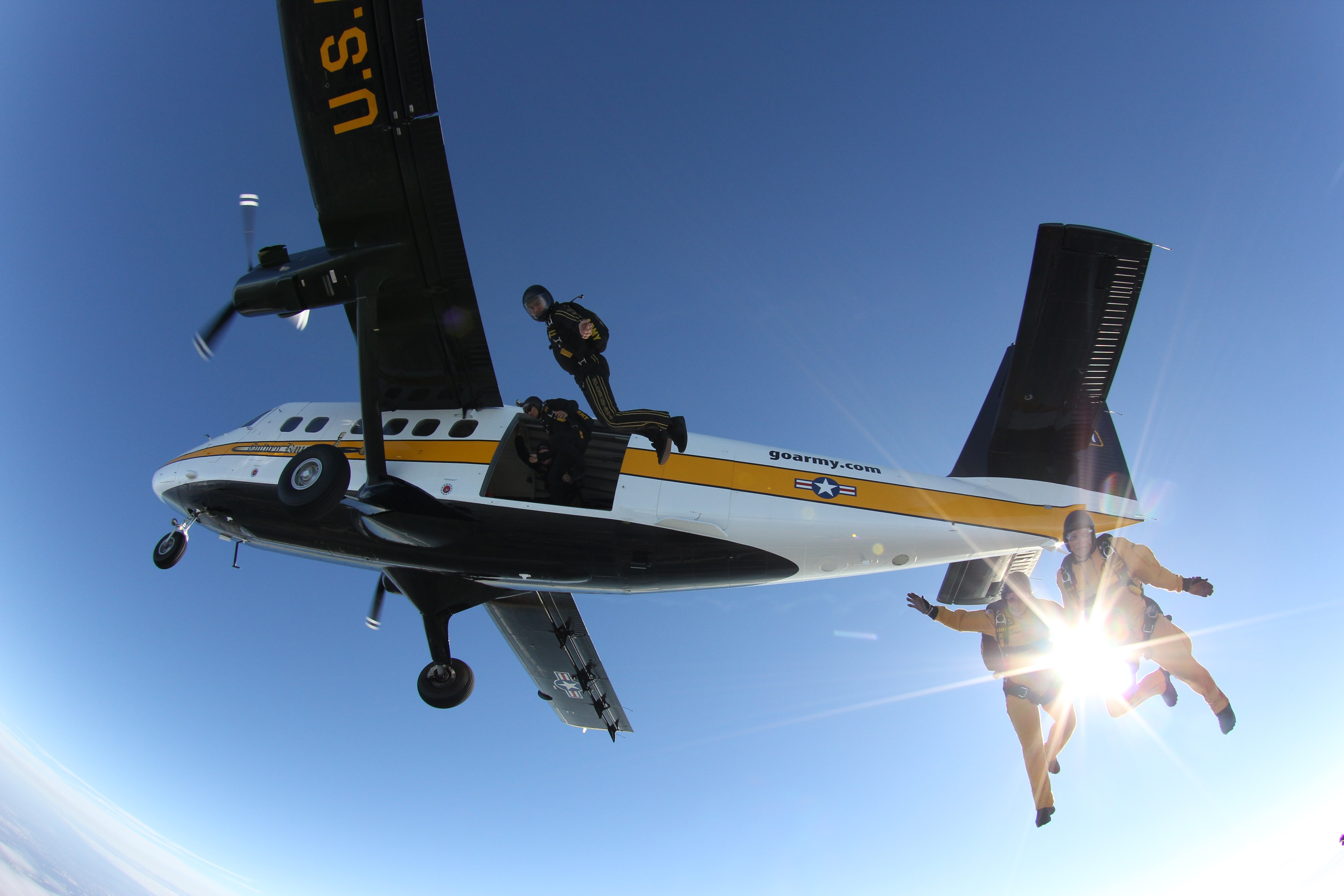 ARMY FIXED WING AIRCRAFT   Article   The United States Army