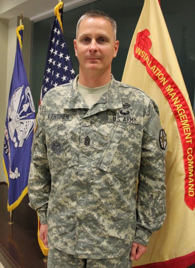 NEW REDSTONE COMMAND SERGEANT MAJOR