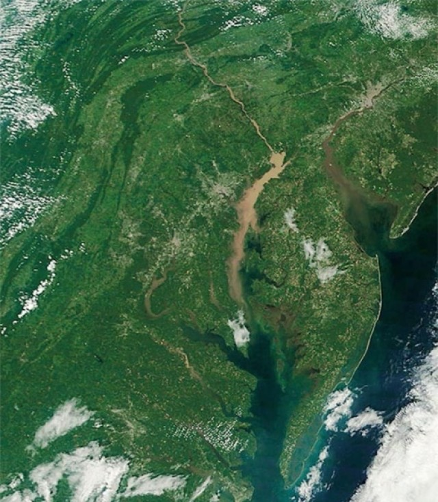 Sediment plumes traveling down to Chesapeake Bay
