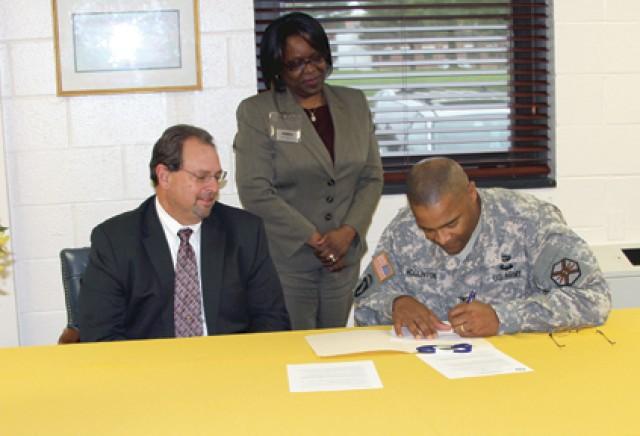 Partnership to aid local job seekers