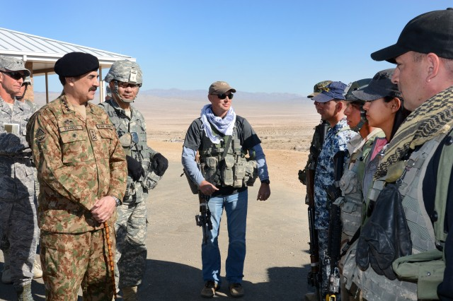 Head of Pakistani army visits National Training Center ...