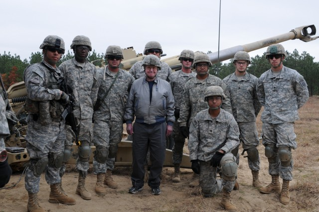Paratroopers Showcase Modern Howitzer For World War Ii