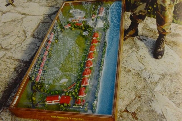 Sand table model used in preparation for Operation Blue Spoon. The row of red-roofed structures on the right is mostly Panama Defense Force buildings. The row of red-roofed structures on the left is American housing.