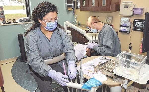 Dental Assistant Program Helps Flw Spouses Create Mobile