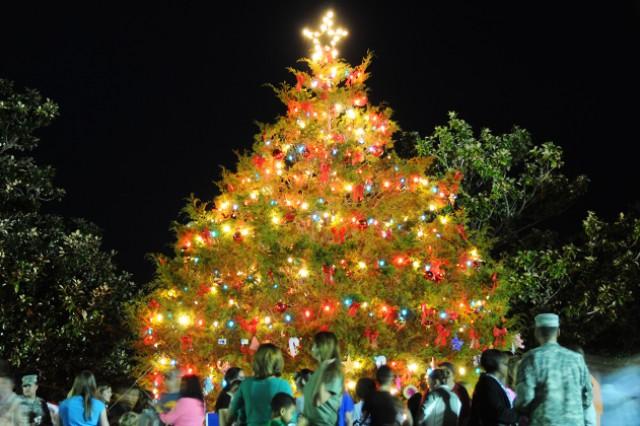 Oh Christmas Tree Event Kicks Off Holiday Season