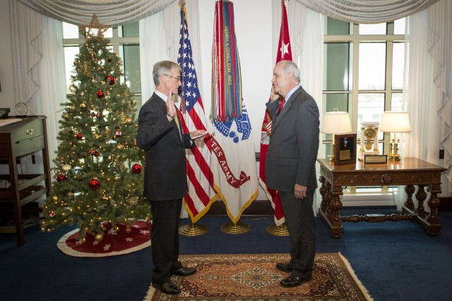 WASHINGTON (Jan. 8, 2015) -- The newest Civilian Aide to the Secretary of the Army (CASA) was invested during a ceremony conducted at the Pentagon in mid-December, 2014. Raul Mas was selected by Secretary of the Army John McHugh to represent Florida (South).