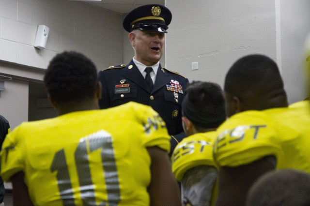all american bowl photo essay article the united  sgt maj of the raymond chandler iii speaks to the west team