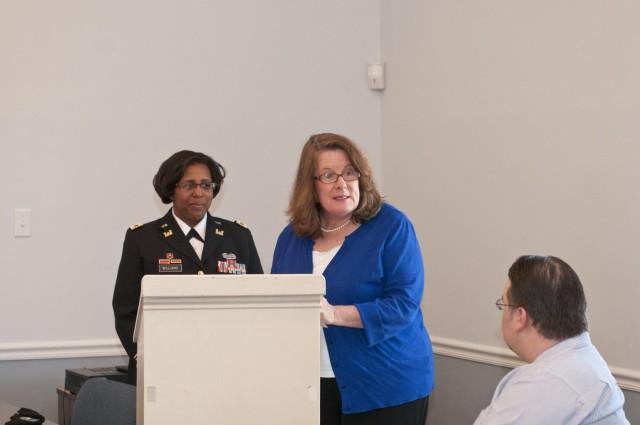 412th DCG shares leadership philosophy with Leadership Vicksburg