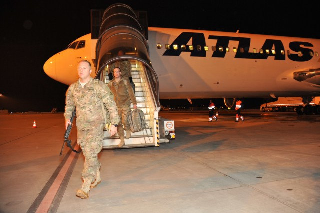 Members of the 4th Infantry Division Headquarters deployed to Europe from Fort Carson, Colo., today in support of Operation Atlantic Resolve.