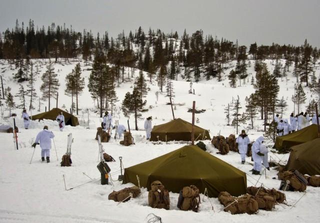 Minnesota, Norwegian Service members retrace successful World War II mission