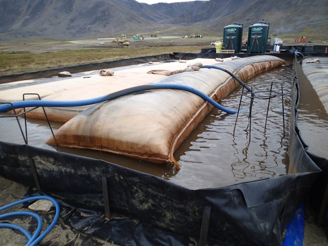 Geotubes and water treatment