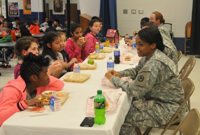 3rd ESC Soldiers meet with pen pals