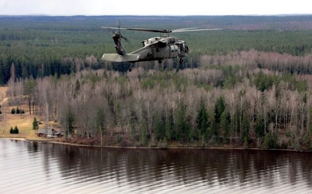 U.S. Army Aviators support Latvian Spec. Ops. training