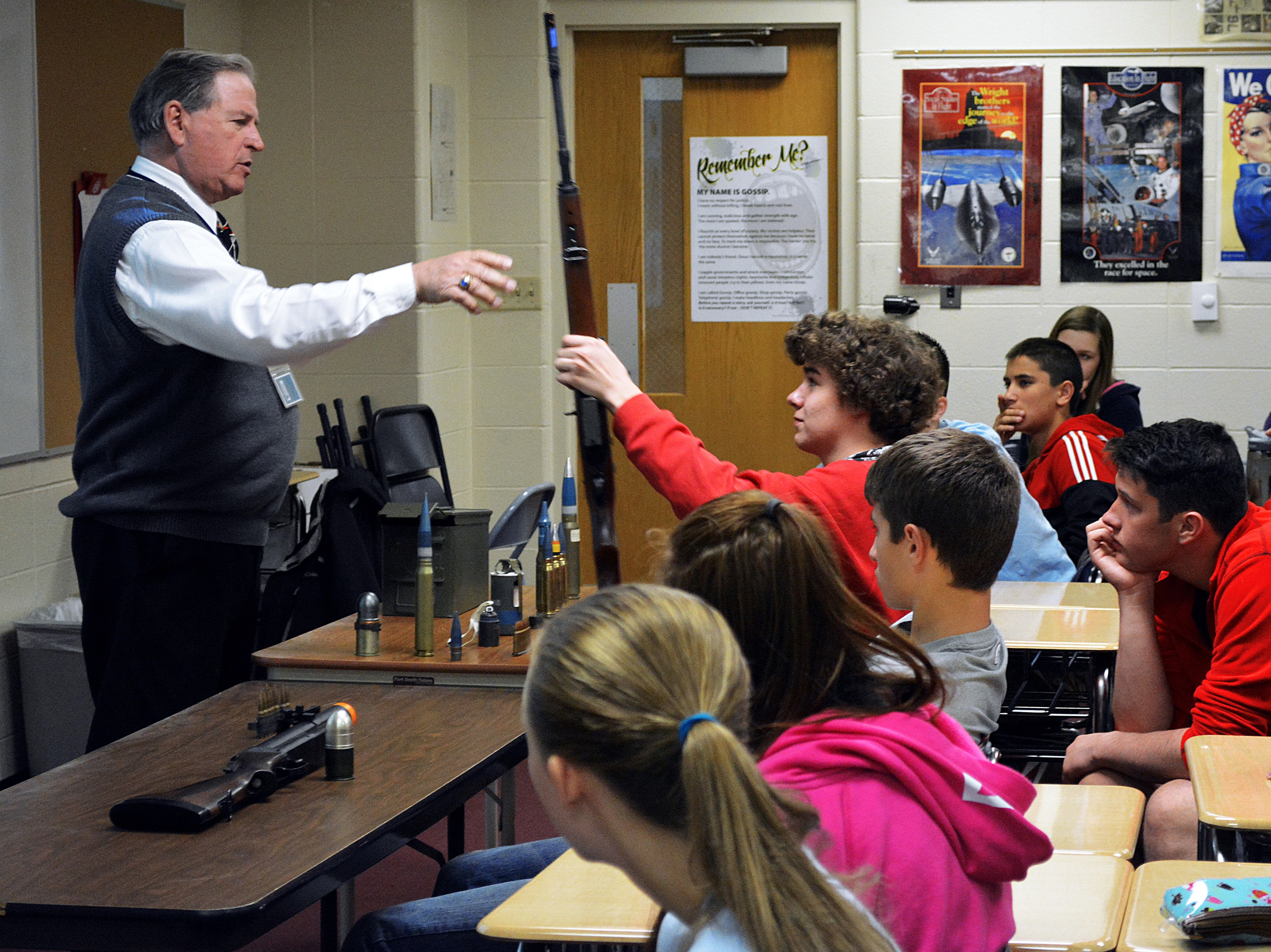 Asc Vietnam Vet Shares Experience With High School Students