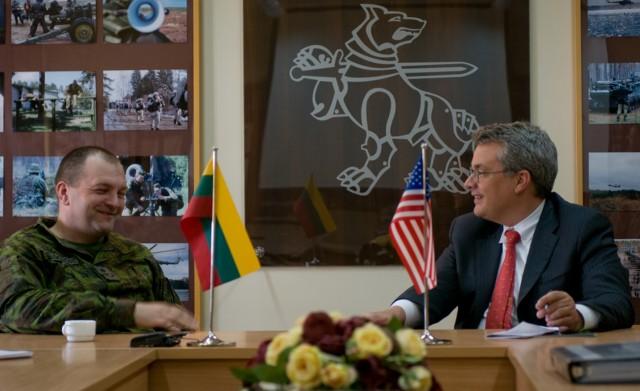 US ambassador to Lithuania visits Iron Wolf Brigade