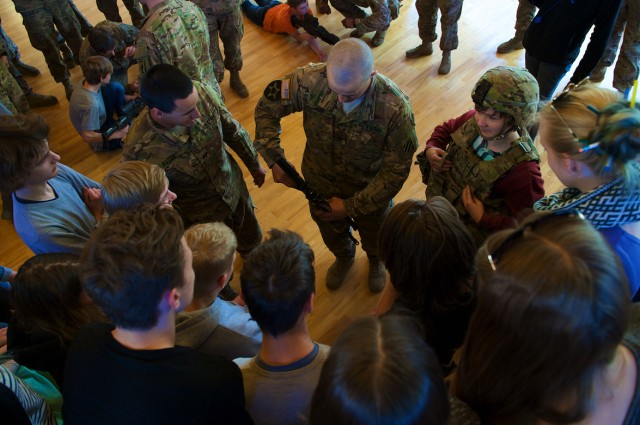 U.S. Soldiers give Latvian students a crash course in Army, American culture